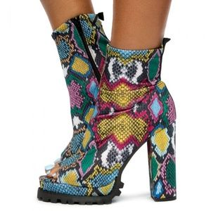 Multi Color Snake Stretch Chunky heel booties